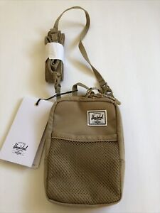 New Herschel Designer Shoulder Pack Sport Gym Active Travel Bag Sack Tan small