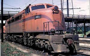 South Shore electric locomotive train railroad postcard CSS&SB twin-cab