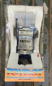SHINSEI TOYBOT TRANSFORMER Radio Controlled Vehicle Turned Robot Vintage TOYOTA