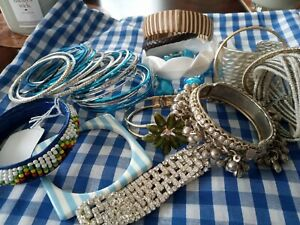 Lovely Job Lot of Modern and Vintage Bangles and Bracelets mixed