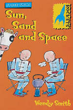 Sun, Sand and Space (Rockets: Space Twins),Smith, Wendy,New Book mon0000018550