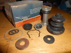 NOS Echlin Master Brake Cylinder Kit 1952-54 KAISER FRAZER DELUXE SPECIAL MK133