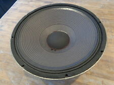 WOOFER JBL 2220A 8 OHMS15 INCHS IN VERY VERY GOOD CONDITION PERFECT WORKING