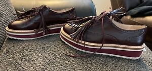 Zara Womens Oxford Style shoes Dress Tassled Perfect Condition Tooled Patened
