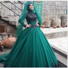 long sleeve muslim wedding dress ball gown lace applique wedding gown Custom
