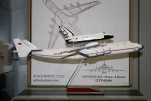 """1:200 Scale Antonov AN-225 CCCP-82060 """"Buran Space Shuttle"""" Die-Cast Model Plane"""