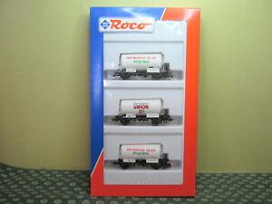 ROCO   coffret 3 wagons citerne    HO