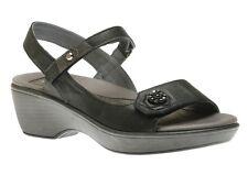 NAOT Reserve Size 41 (US 10) - Shiny Black Metallic **gently worn**