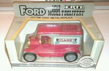 ERTL 1913 Ford Model T Delivery Truck  w Locking Bank  CASE  1/25 scale