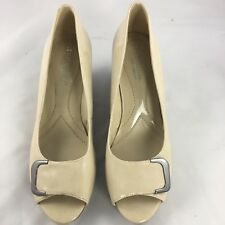 Naturalizer peep toe wedges size 7.5M patent beige Riddle N 5 comfort taupe