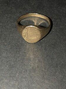9ct Gold Signet Ring 1.6 Grams