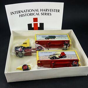 Winross Die Cast International Harvester Historical Series 1941 K-5 & 1949 KB8-F