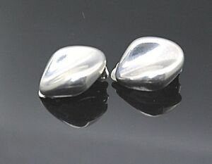 BAYANIHAN VINTAGE MODERNIST STERLING SILVER CLIP ON EARRINGS