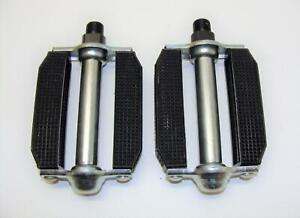 "~ NOS Victor 9/16"" Adult Rubber Block Pedals - Raleigh Chopper Schwinn ~"