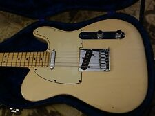 Fender American Ash Telecaster in Honey Blonde from 03/2004 excellent condition