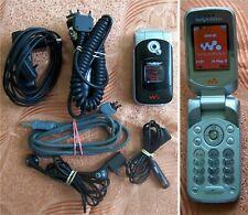 Sony Ericsson WALKMAN W300i Flip Mobile Phone GOOD CONDITION!!!! -w z 710 350-