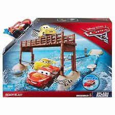 MATTEL DISNEY PIXAR CARS 3 BEACH BLAST SPLASH RACERS TOY PLAYSET LTG MCQUEEN 4+