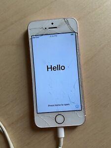 Apple iPhone SE 32GB Rose Pink Unlocked 1st Generation Cracked Screen