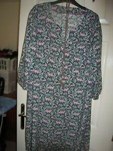 Size 22L Boden  fox print Shift Dress