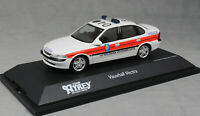 Schuco Vauxhall Vectra Saloon Lancashire Police 1997 04181 1/43 Ltd Ed 1000