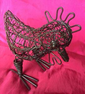 Metal Wire Cicken Ornament Indoor /  Outdoor