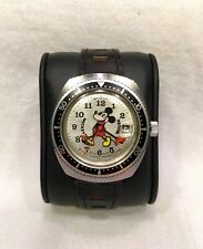 VINTAGE 1970's BRADLEY MICKEY MOUSE LARGE SWISS DIVER DATE WATCH *VERY CLEAN*