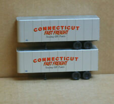 Walthers HO 2 Connecticut Fast Freight 32' Trailers