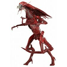 Neca  Aliens figurine  Xenomorph Red Queen 38 cm