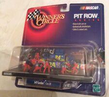 NASCAR #24 Jeff Gordon Tires Off Winner's Circle Pit Row Series 1:64 1999