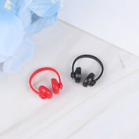2Pcs 1:12 Dollhouse Miniature Plastic Wireless Headphone Doll House Decor