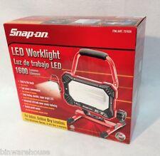 Snap on Super Bright LED Work Light 1600 Lumens 110v 30w Indoor Outdoor NIP