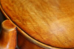geflammte 4/4 Violine  , Geige  (Geige, bow, violin)