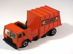 HOT WHEELS Made in MEXICO 1982 Trash Truck orange div. Tampo BW Malaysia base