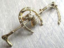 Ancienne unique superbe broche or de Tolède fer à cheval cravache chaînette 5092