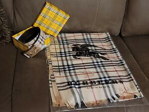 Burberry the Classic Check Archive Beige  with Equestrian Knight Cashmere scarf