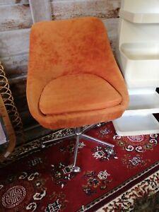 Chaise fauteuil vintage tournant orange années 70