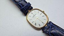 Vintage Universal Geneve Tamaño Mediano Cuarzo ETA 210.001 Vestido Reloj Para Repuestos