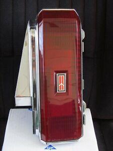 81-88 Oldsmobile Cutlass 2Dr RWD RIGHT DRIVER SIDE TAIL LIGHT 442 salon supreme