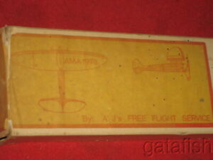 "VINTAGE AJ's ZIPPER Jr. 32"" FREE FLIGHT RUBBER or NITRO BALSA MODEL AIRPLANE KIT"