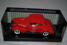 Motormax 1:24 Chevrolet Coupe 1939 Red 73247.