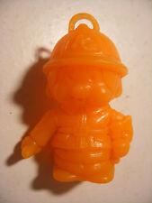 PVC figurine KIKI cadeau surprise lessive BONUX Monchichi Bucheron Orange Fluo