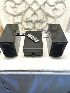 Yamaha CRX-332 Mini Micro Stereo Receiver CD /Ipod Player Speakers & Remote