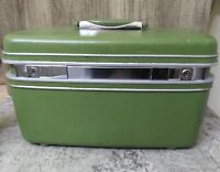 Vintage Samsonite Green Train Make Up Carry-On Hard Case Luggage Silhoutte tray