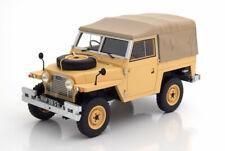 1:18 BoS Land Rover Lightweight Series IIA Softtop RHD 1968 creme