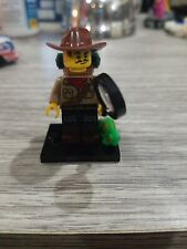 Lego Mini-Figure Series 19 #7 Explorer (1 Mini-figure)