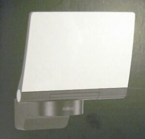 Steinel nice bright Modern LED Floodlight, Model  XLED Home 2.  -  Wall Mounting