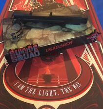 Hot Toys Suicide Squad Deadshot Figure Stand loose 1/6th scale