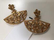 New With Tag Oscar de la Renta Authentic Gold Fan Earrings