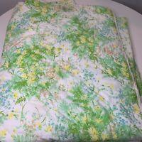 vintage coverlet bedspread color green white floral leaf design rounded edge