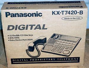 Panasonic KX-T7420-B Digital Super Hybrid System Phone